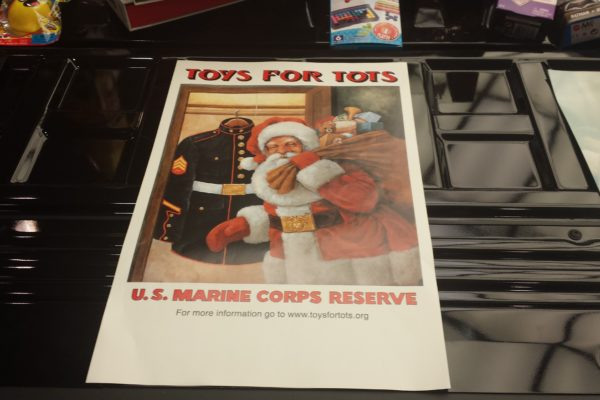 2016-12 (TSN) Toys For Tots