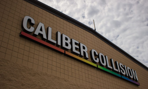 Caliber Collision Food Drive 2018 (7)